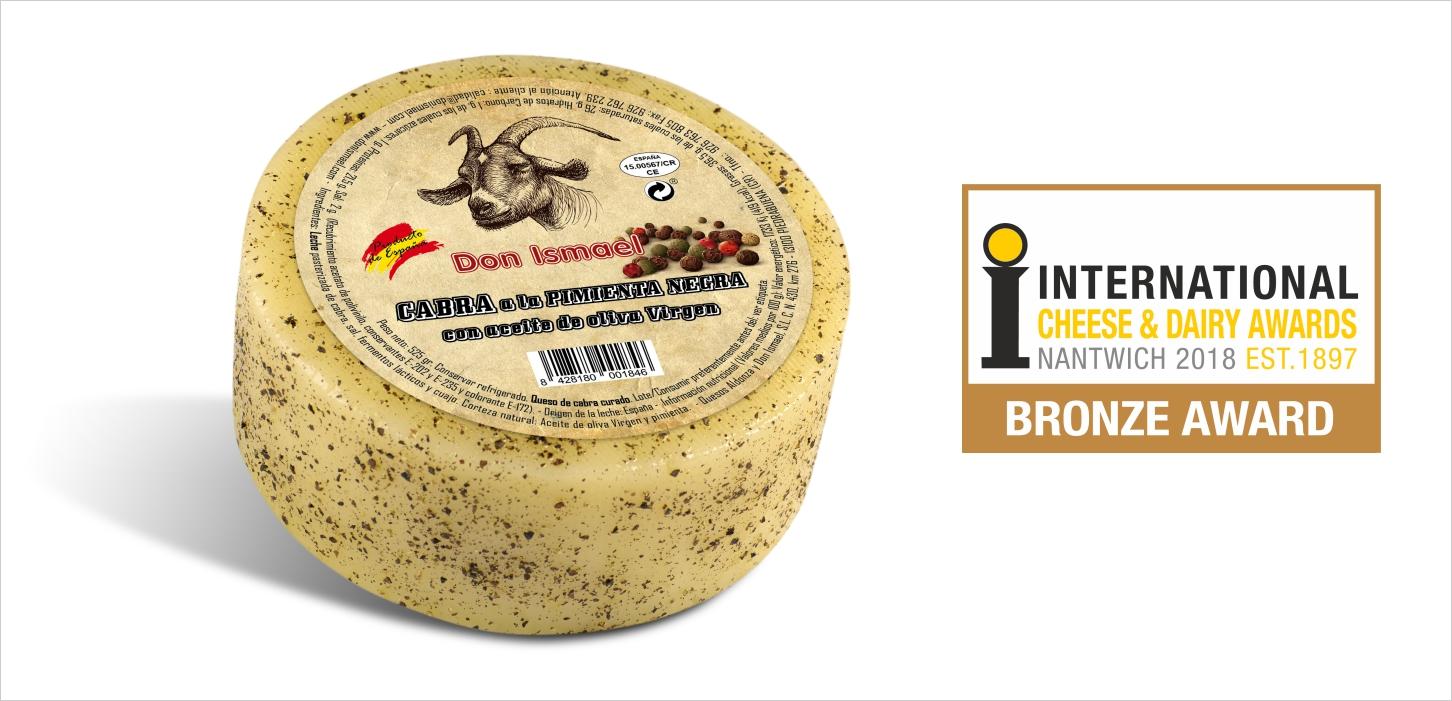 Nuestro nuevo queso de cabra con pimienta negra galardonado con el bronce en concurso internacional